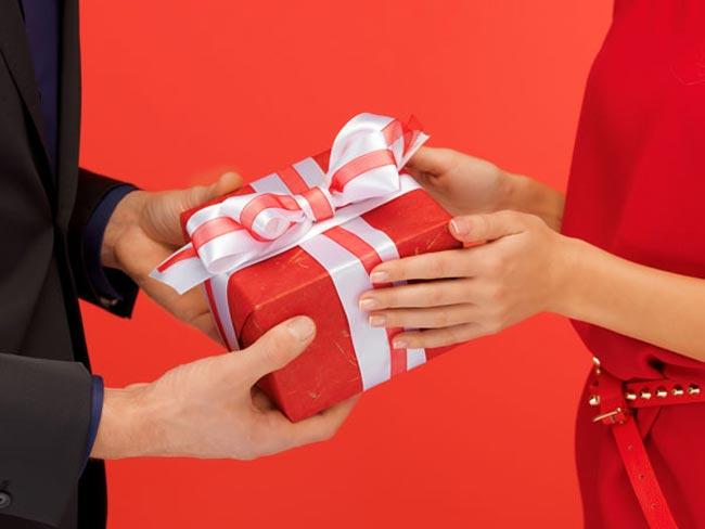 معنى-الهدية-في-المنام